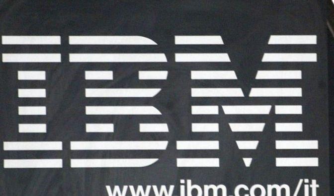 IBM steigert Gewinn bei sinkendem Umsatz (Foto)