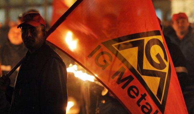 IG Metall und Arbeitgeber ringen um Pilotabschluss (Foto)