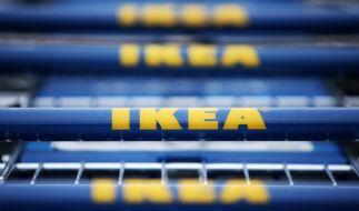 IKEA verkauft angeblich Hakenkreuz-Tisch Hadølf. (Foto)