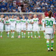 Im Elfmeterschießen unterlagen Wolfsburgs Frauen den Französinnen aus Lyon. (Foto)