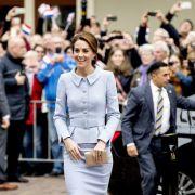 Im wieder muss Herzogin Kate mit Schwangerschaftsgerüchten in der Presse kämpfen. (Foto)