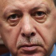 Harte Linie gegen Ankara! Rüstungsgeschäfte auf Eis? (Foto)