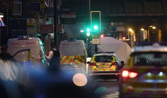 Im Londoner Stadtteil Finsbury Park hat es nach Polizeiangaben einen schweren Zwischenfall mit einem Toten und zehn Verletzten gegeben. (Foto)