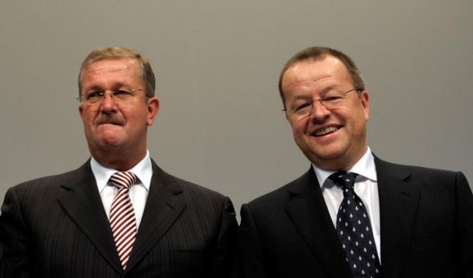 Im Verfahren gegen Wendelin Wiedeking und Holger Härter (r.) droht vermutlich nur noch eine Geldstrafe. (Foto)