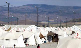 Immer mehr Menschen fliehen vor Kämpfen aus Syrien (Foto)
