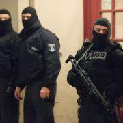 Polizei verhindert offenbar rechtsextremen Anschlag (Foto)