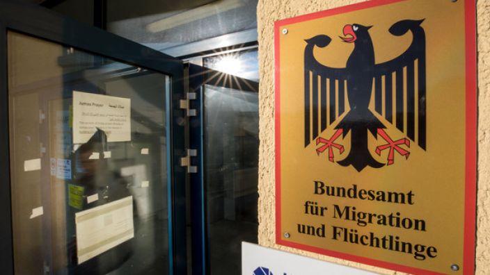 In Deutschland gab es im ersten Halbjahre 2017 mehr Asylentscheide als in allen anderen EU-Ländern zusammen.