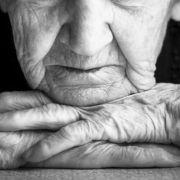 Nach Kirchenbesuch! 90-Jährige vergewaltigt (Foto)