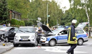 In einem Polizeiwagen endete der tragische Unfall in Menden. (Foto)
