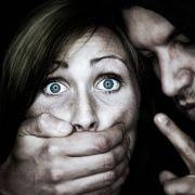 Vergewaltiger bekommt mehr Schmerzensgeld als Opfer (Foto)