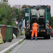Müllwagen überfährt Rentnerin auf Krankenhausgelände - tot! (Foto)