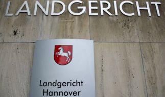In Hannover ist es zu einer Vergewaltigung einer Studentin gekommen, der Täter steht bereits vor Gericht (Symbolbild). (Foto)