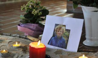 In einer evangelischen Kapelle auf der Nordseeinsel Amrum wird dem verstorbenen Sebastian gedacht. (Foto)
