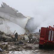 In Kirgistan ist ein Flugzeug auf ein Dorf gestürzt. (Foto)