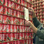 In leeren Cola-Dosen wurden menschliche Fäkalien gefunden. (Foto)
