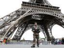 In Paris sorgen Soldaten auf den Straßen für Sicherheit - und wurden jetzt wieder Ziel einer Attacke. (Symbolbild) (Foto)