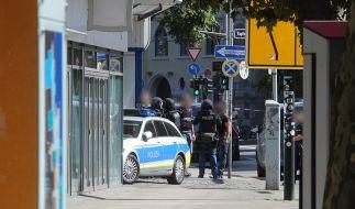 In einem Restaurant in der Innenstadt von Saarbrücken hatte sich am Sonntagmittag ein offenbar bewaffneter Mann verschanzt. (Foto)