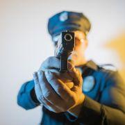 Polizei schießt Pärchen wegen Spielzeugwaffe nieder (Foto)