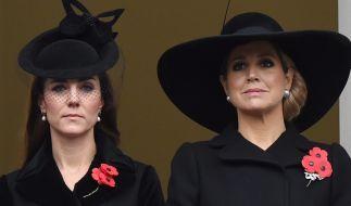 In Trauer vereint: Herzogin Kate und Königin Máxima. (Foto)