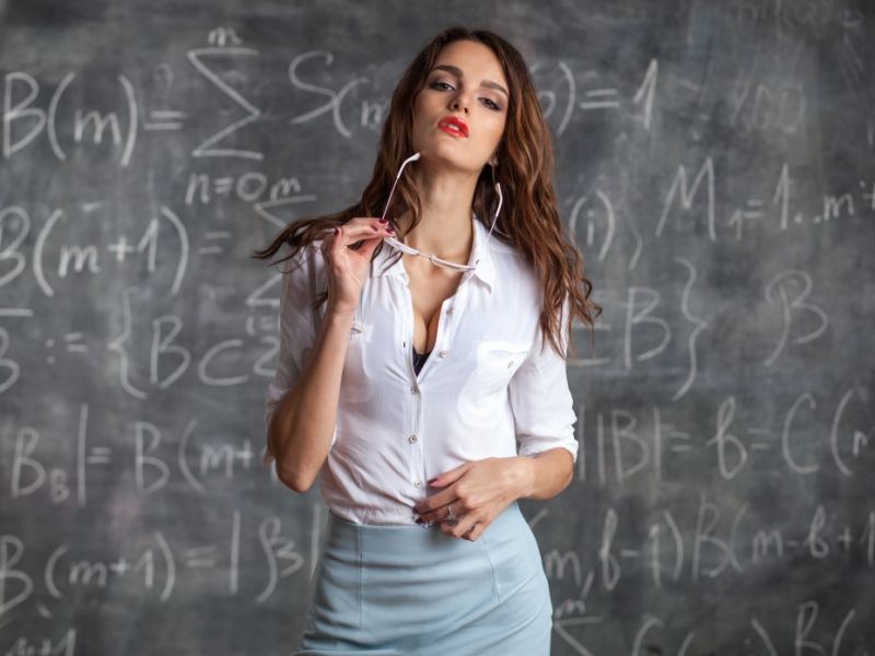 Sexy Lehrerin Verführt Schüler