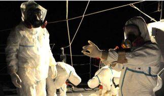 Ingenieure arbeiten im verstrahlten AKW Fukushima. (Foto)