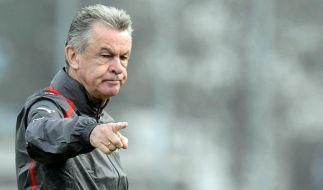 International traut der Schweizer Nationalcoach Ottmar Hitzfeld den Klubs aus München und Dortmund viel zu. (Foto)