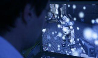 Internetsucht früh erkennen (Foto)
