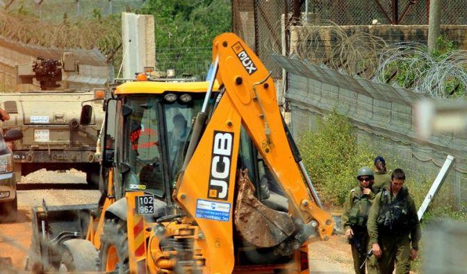 Israel baut kurze Schutzmauer an Grenze zum Libanon (Foto)