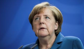 Ist Merkel Flüchtlingspolitik an den blutigen Attacken in Deutschland schuld? (Foto)