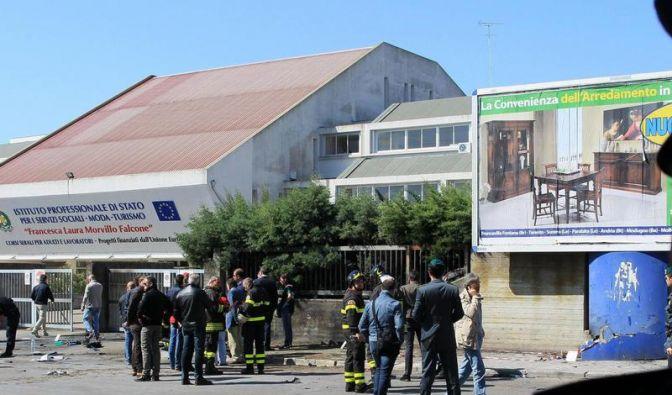 Italien: Bombenanschlag tötet zwei Schülerinnen (Foto)