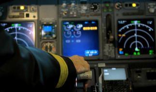 Jeder dritte Pilot in Europa ist einer Umfrage zufolge schon einmal im Cockpit eingeschlafen. (Foto)