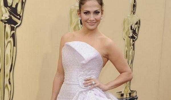 Jennifer Lopez im Abendkleid (Foto)