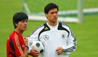 Joachim Löw (l.) und Michael Ballack (Foto)