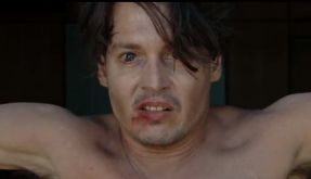 Johnny Depp gibt es in Bruce Robinsons Film Rum Diary alkoholgetränkt und mit Voodoo garniert. (Foto)