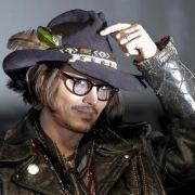 Johnny Depp will nach seiner Trennung von Vanessa Paradis wieder Vollgas geben.