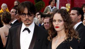 Johnny Depp (49) und Vanessa Paradis (39) gehen nach 14 gemeinsamen Jahren nun offiziell getrennte Wege. (Foto)