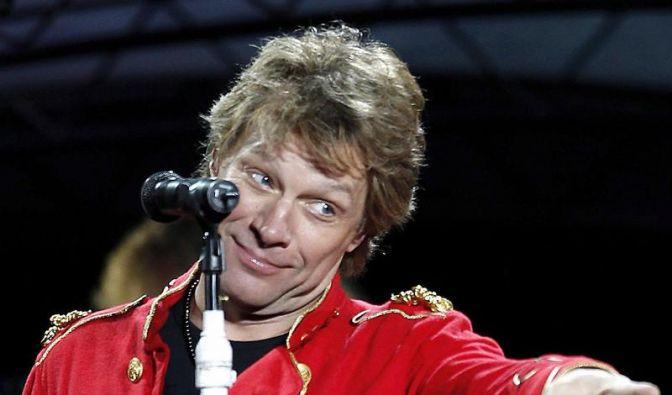 Jon Bon Jovi ist quicklebendig (Foto)
