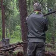 Bodybuilder tötet Bär mit Kamera-Speer (Foto)