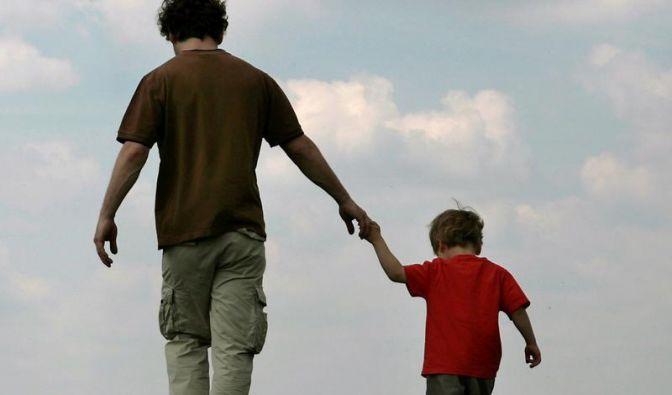 Jungen orientieren sich bei Berufswahl stark am Vater (Foto)