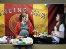 Juno (Ellen Page, li.) und Leah (Olivia Thirlby, re.) (Foto)