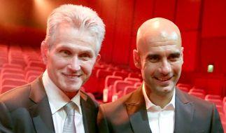 Jupp Heynckes (l) und Pep Guardiola bei der 65. Bambi-Verleihung in Berlin. (Foto)