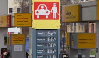 Kabinett beschließt Benzinpreis-Kontrolle (Foto)