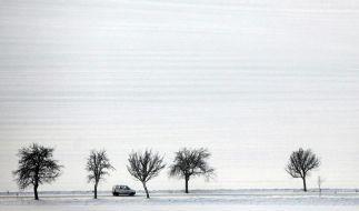 Kälte bringt Chaos: Unfälle, Ausfälle, Todesfälle (Foto)