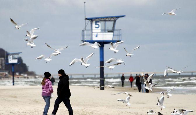 Kaltes Frühlingswetter vor Ostern an der Ostsee (Foto)
