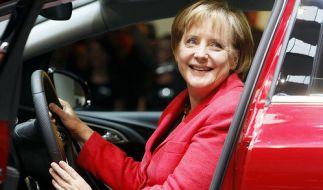 Kanzlerin Merkel eröffnet die IAA (Foto)