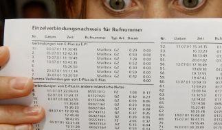 Karlsruhe schränkt Zugriff auf Telefondaten ein (Foto)