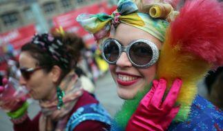 Karneval ist für Frauen oftmals auch eine Zeit, in der sie von Männern besonders plump angemacht werden. (Foto)