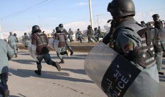 Karsai erhebt nach Taliban-Angriffen Vorwürfe gegen Nato (Foto)