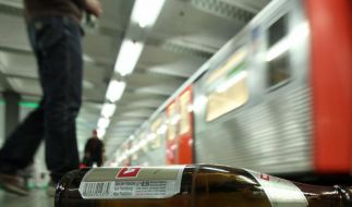 Kein Alkohol mehr im Hamburger Nahverkehr (Foto)