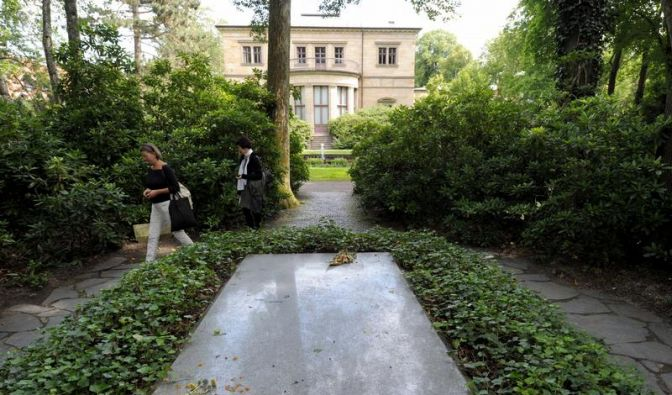 Kein Café an Richard Wagners Grab (Foto)